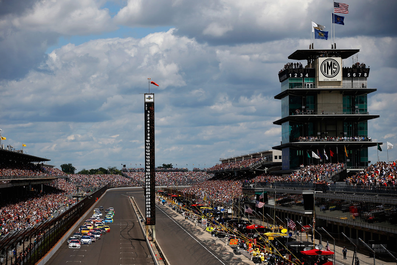 BETWEEN STRETCHES OF DOUBLEHEADERS, WE'D HEAD TO INDY AND DAYTONA, WHICH WOULD BOTH GET THEIR OWN WEEKS.
